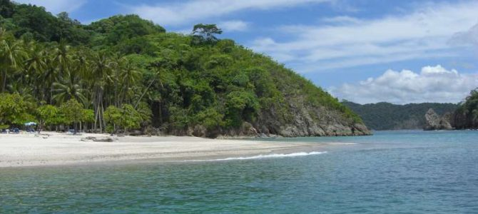 Tortuga Island Snorkeling Trip – Up Close and Personal with Costa Rica's Marine Wonders